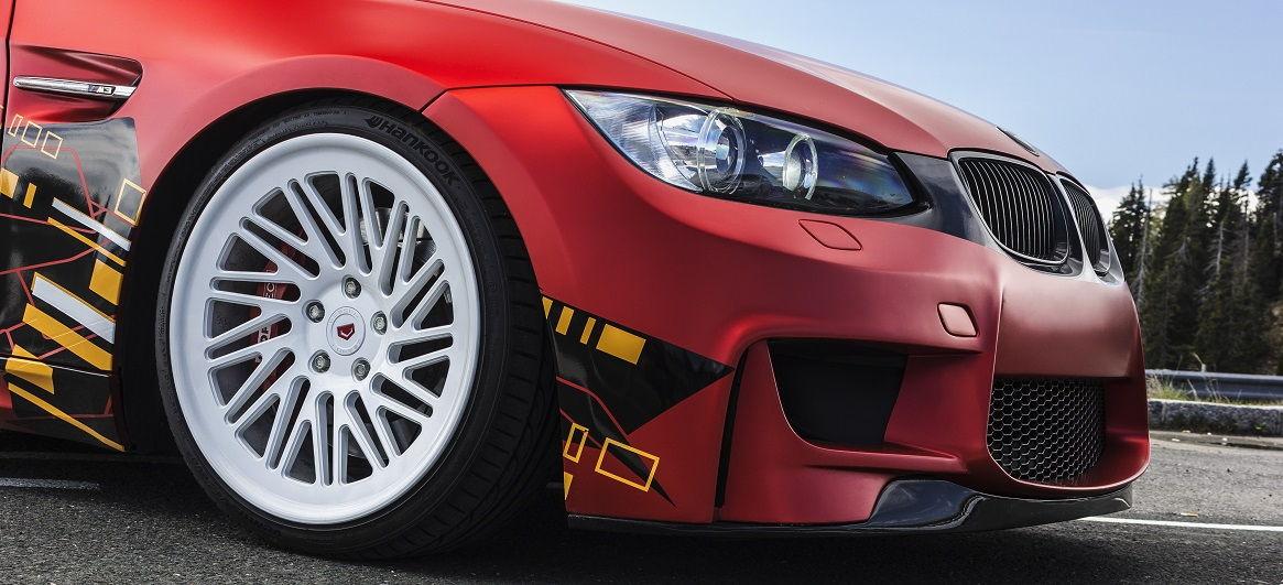 Schöne Tieferlegung bei dem ap Gewindefahrwerk für den 3er BMW E92